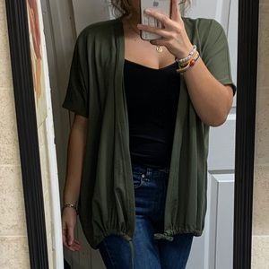 NWT Lucy Wonderabout SS olive green Wrap sweater